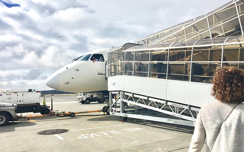ポートランドデルタ航空タコマ空港