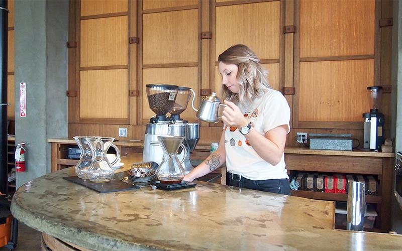 Coavacoffee roasters (コアヴァ・コーヒー)